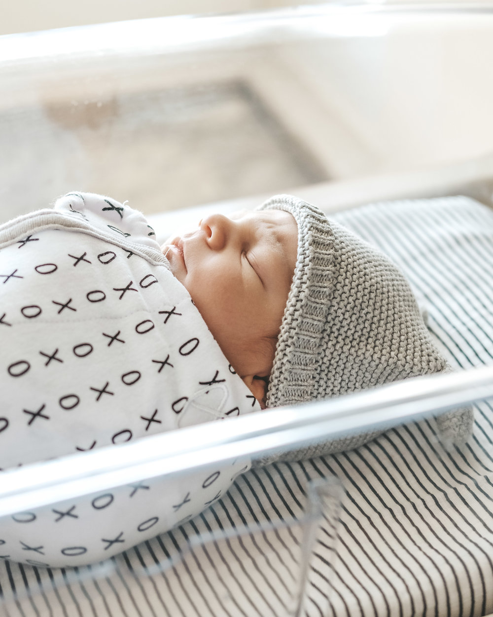 Jett Rose Jones, birth story, vacuum extraction birth story, 9 lb newborn baby boy, swaddle me organic swaddle.