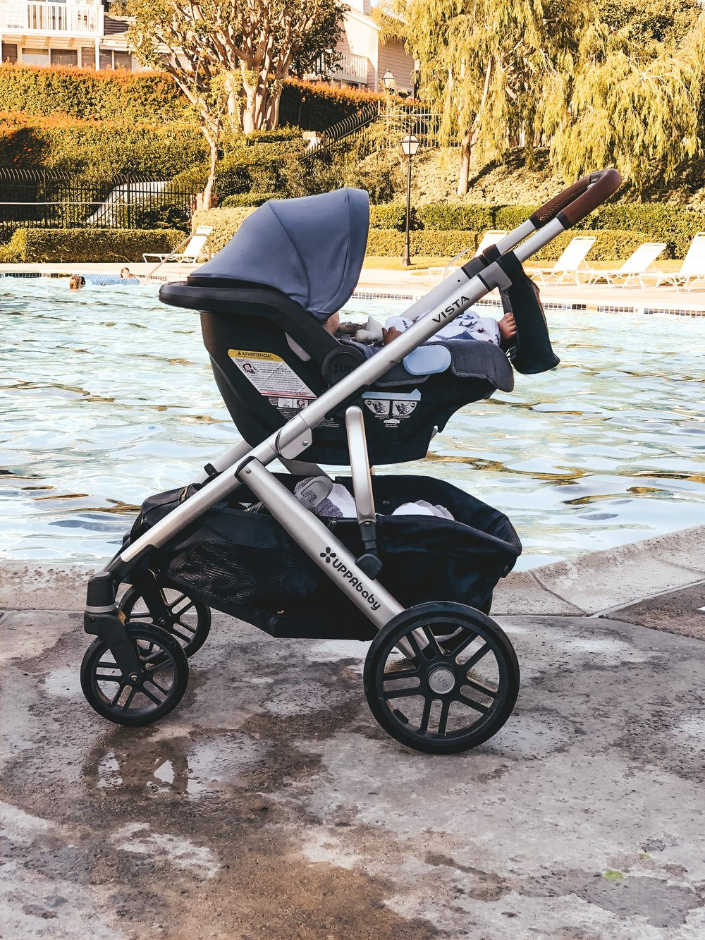 Uppababy Vista stroller in Gregory gray/blue.