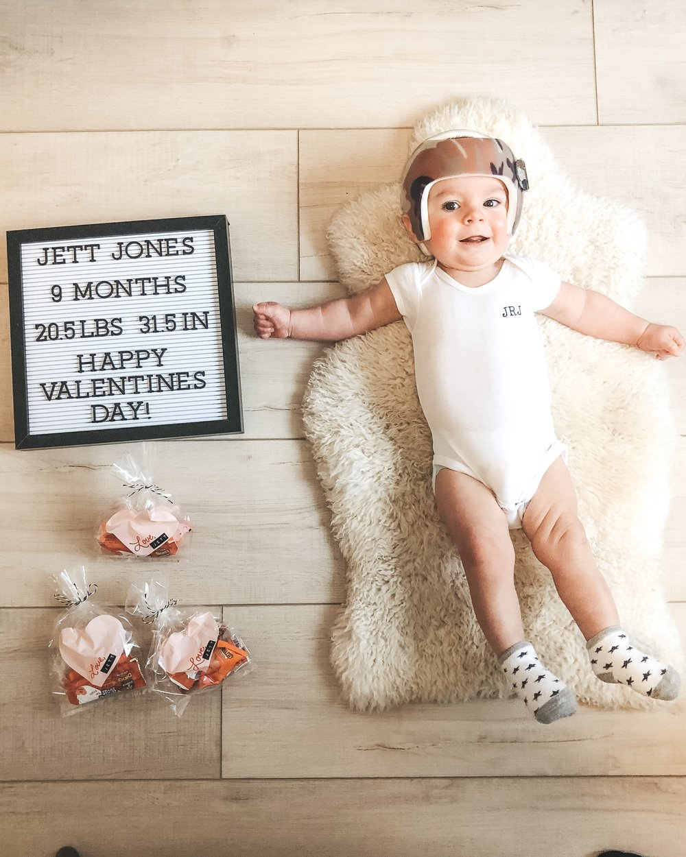 Jett Jones, 9 Month Update.  Monthly baby photos.