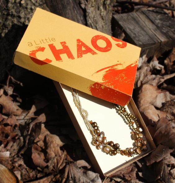 chaos_box_pearlnecklace_web.jpg