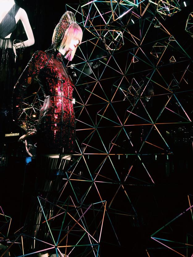 WXYZ x Laura Wass - Oil Slick Hedra, 2014