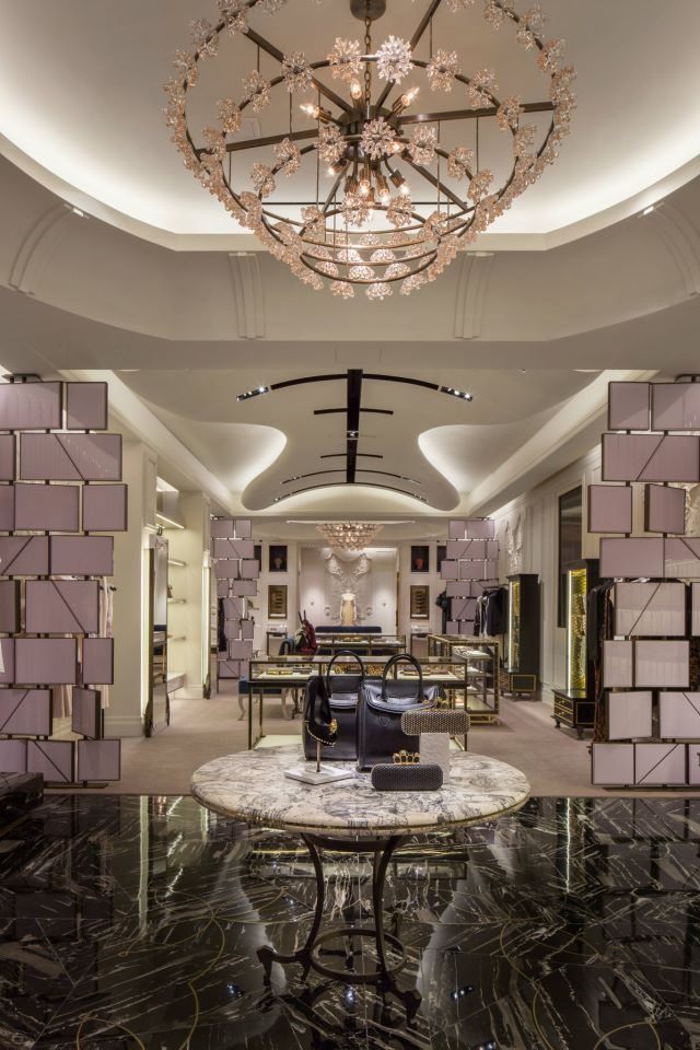 Alexander McQueen Boutique designed by: David Collins