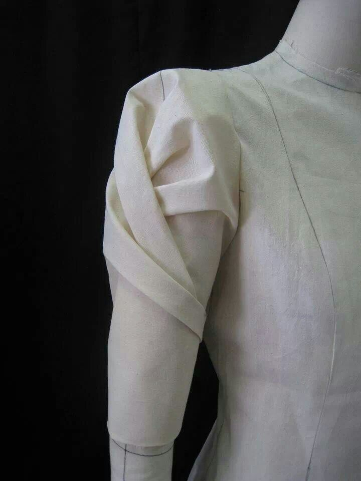 Fabric Manipulation | Via Charlotte Janssen