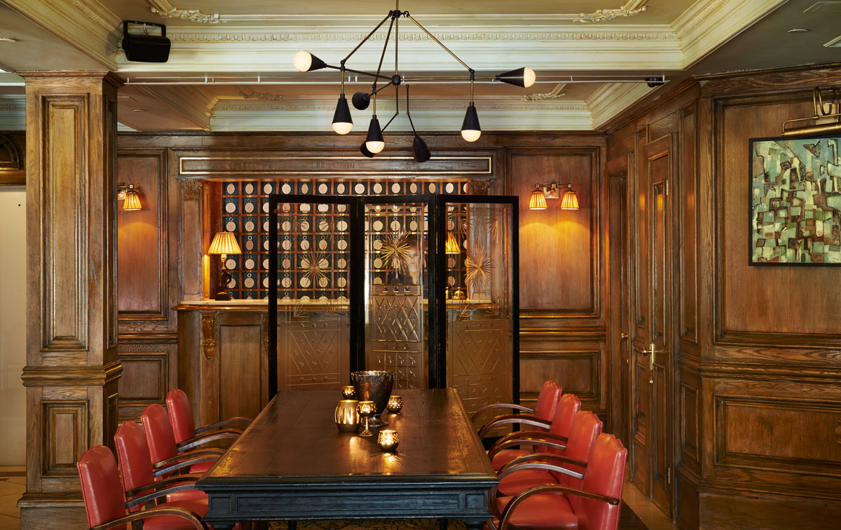Marlton_Hotel_Lounge_1