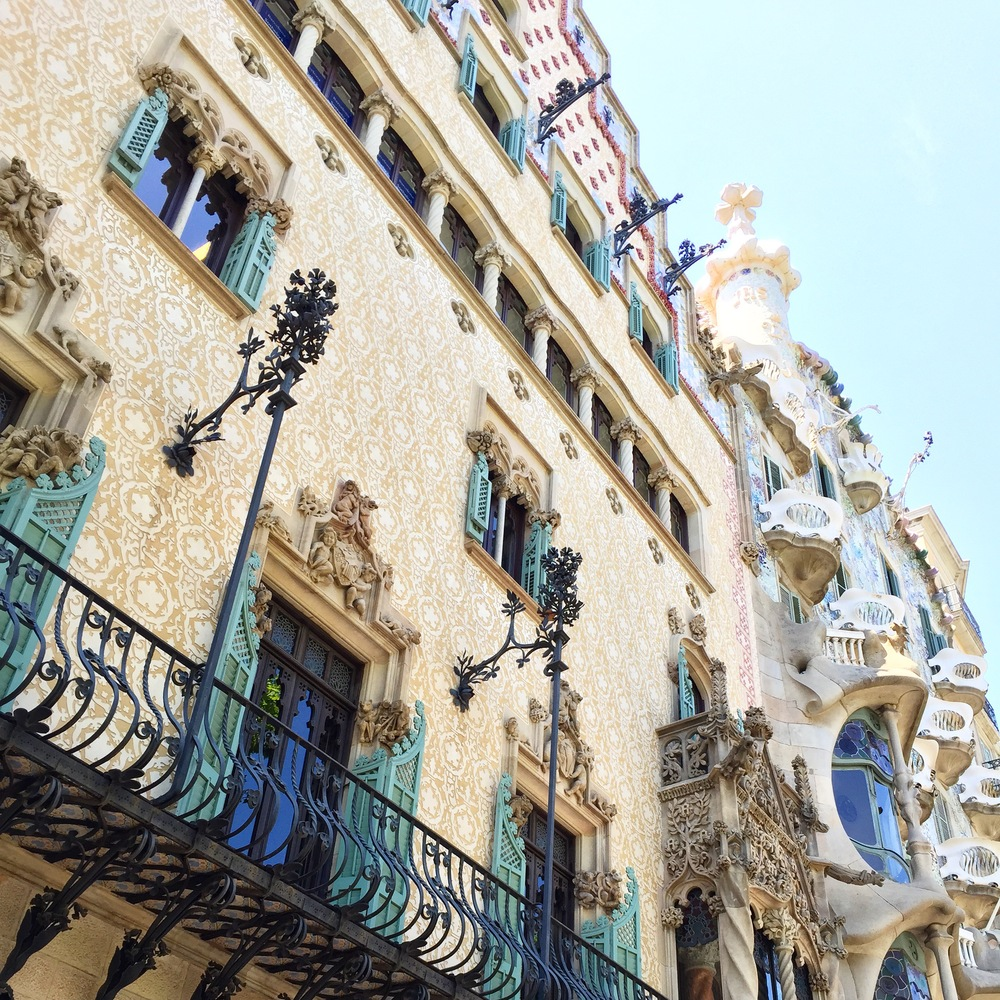 A glimpse of the Casa Batllo by Goudi | Photograph by Lauren L Caron © 2015