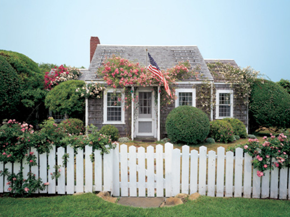 Jeffrey Bilhuber's Nantucket Cottage from Architectural Digest
