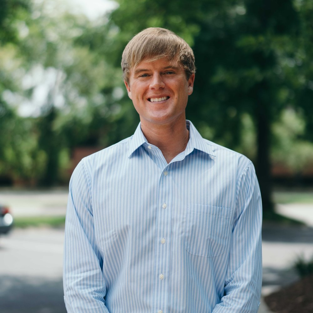 Brett was born and raised in Brentwood, TN, and after graduating from the University of Mississippi he pursued a competitive golf career for six years. Brett is passionate about his faith, family, friends and all things sports related. On the recruiting team here at SaaM, Brett works to place candidates into professional roles.