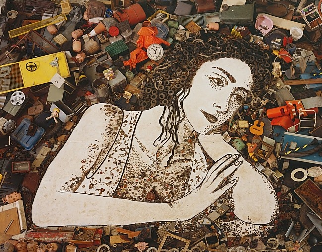 One of Muniz's trash portraits, made entirely from trash collected from Jardim Gramacho
