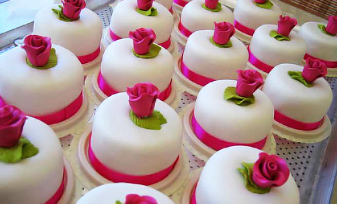 minicakes2.jpg