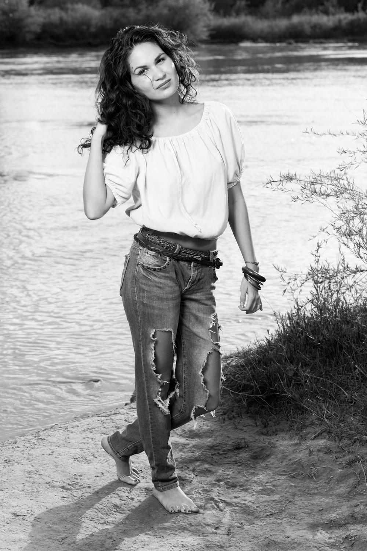 Stephanie Schneider-12.jpg