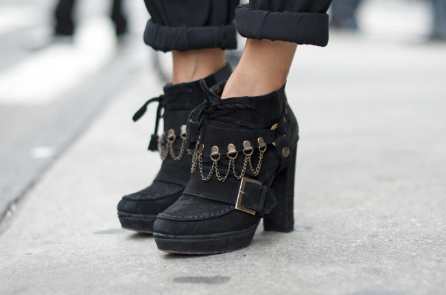 Anna-Karlin-Grand-St-An-Unknown-Quantity-Street-Style-Blog2.png