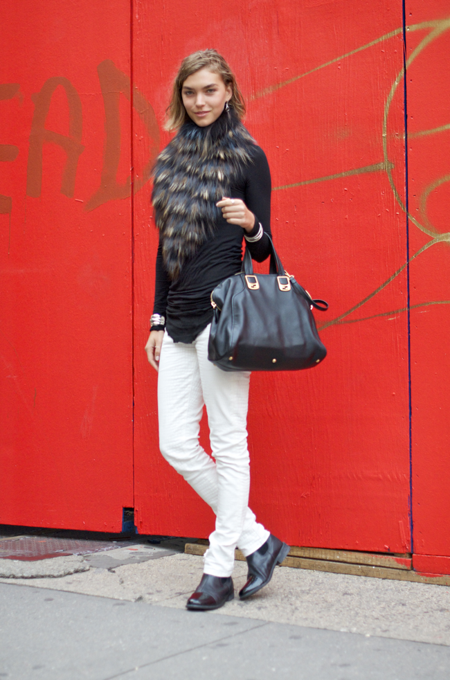 Arizona-Muse-Greene-St-An-Unknown-Quantity-Street-Style-Blog1.png