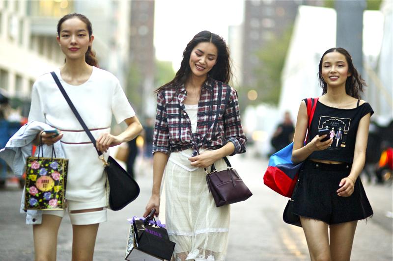 Fei+Fei+Sun+Liu+Wen+Xiao+Wen+Ju+Anna+Sui+NYFW+An+Unknown+Quantity+Ner+York+Fashion+Street+Style+Blog.jpg