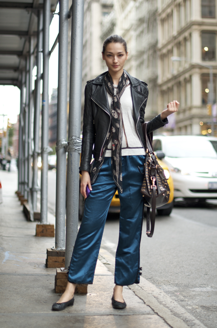 Bruna-Tenorio-Broome-St-An-Unknown-Quantity-Street-Style-Blog.png