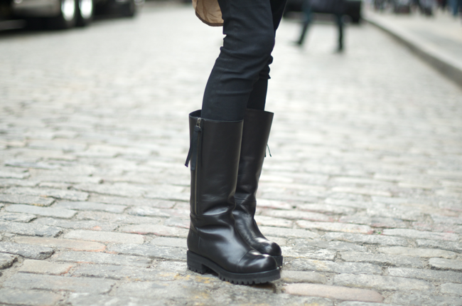 Khadija-Otero-Mercer-St-An-Unknown-Quantity-Street-Style-Blog2.png
