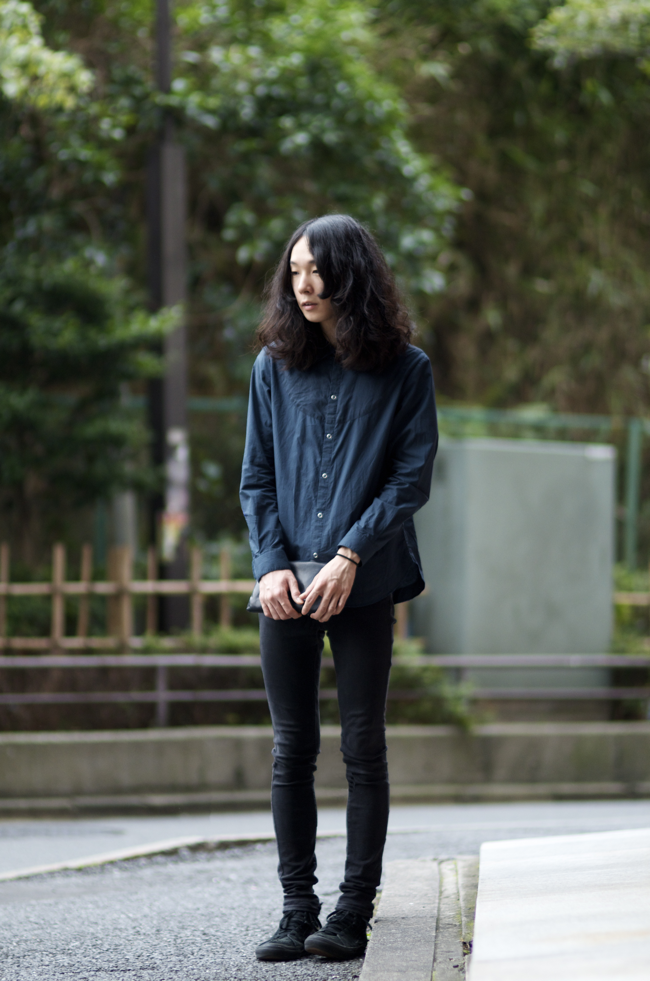 Ryo-Hirabayashi-Shinjuku-Tokyo-An-Unknown-Quantity-New-York-Fashion-Street-Style-blog1.png