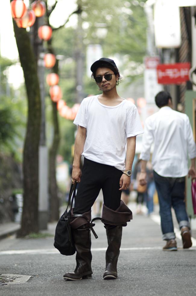 Keisuke-Fujita-Shibuya-Tokyo-Japan-An-Unknown-Quantity-New-York-Fashion-Street-Style-Blog1.png