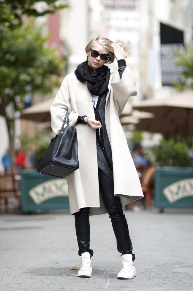 Ksenia-Radkevich-Maiden-Lane-San-Francisco-An-Unknown-Quantity-New-York-Fashion-Street-Style-Blog1.png