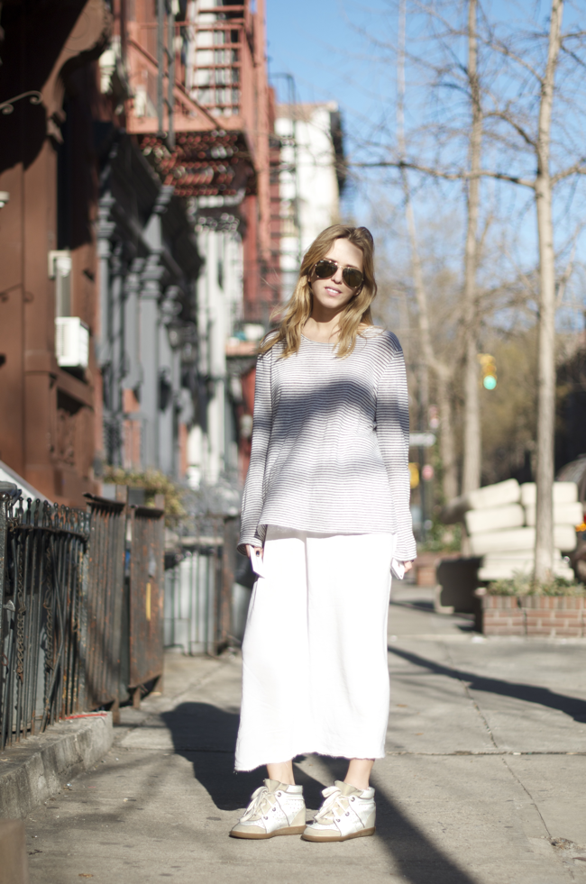 Woman-on-Perry-St-An-Unknown-Quantity-Street-Style-Blog.png