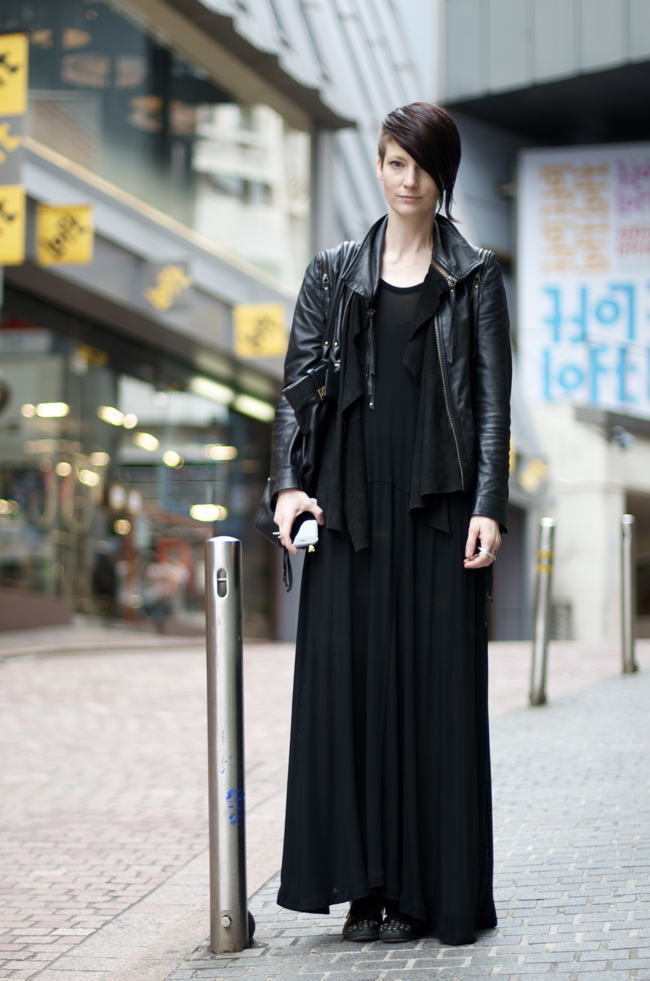 Mandy-Coon-Shibuya-Tokyo-Japan-An-Unknown-Quantity-New-York-Fashion-Street-Style-Blog1.png