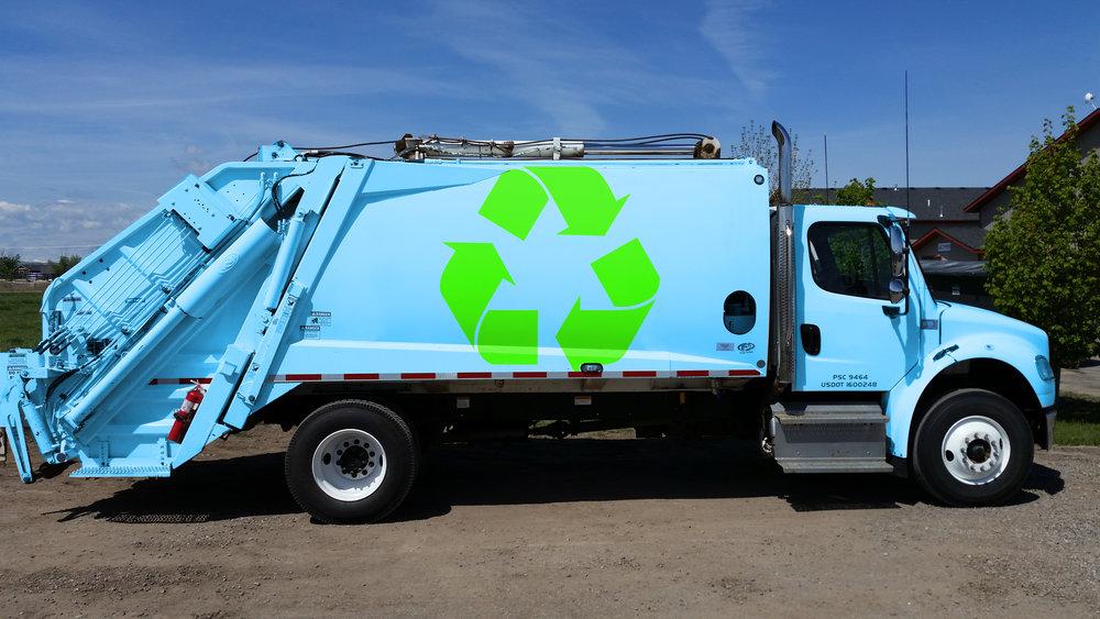 Sanitation Truck 00.jpg