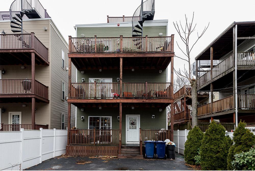 Matt Damon apartment for sale