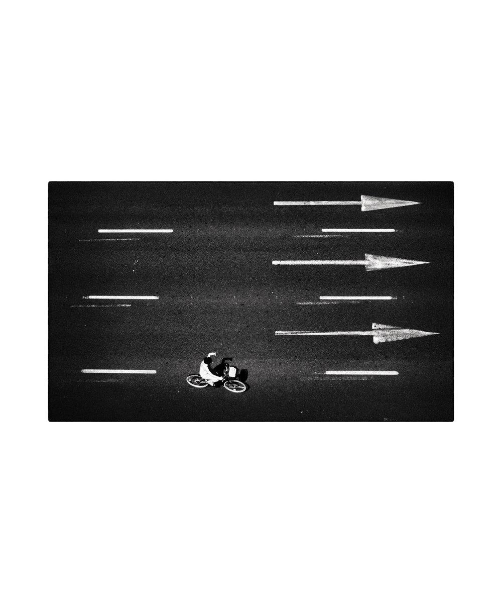2017-0130-PMLEDOUX-Three-arrows-Print 20x20 in 25x30 16bit.jpg