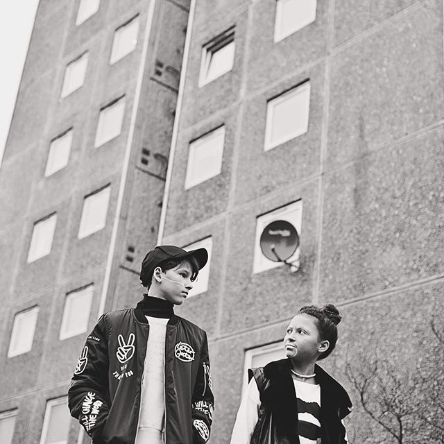 💥Kids on the block !!💥 New issue now live on the website check it out ❤️❤️❤️ Photography: @danielleowenphotography  Styling: @kate_e_hill @alegremedia  MUA: @millielouisemakeup  Models: Olly and Jada