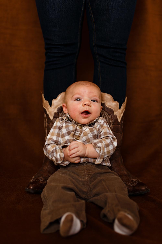 Family-portrait-lafayette-broussard-youngsville-photographer-20.jpg