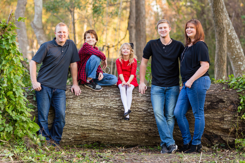 Family-child-portrait-lafayette-broussard-youngsville-photographer-1-3.jpg