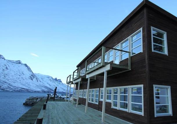 Fiskebruket i Ersfjordbotn i ny drakt