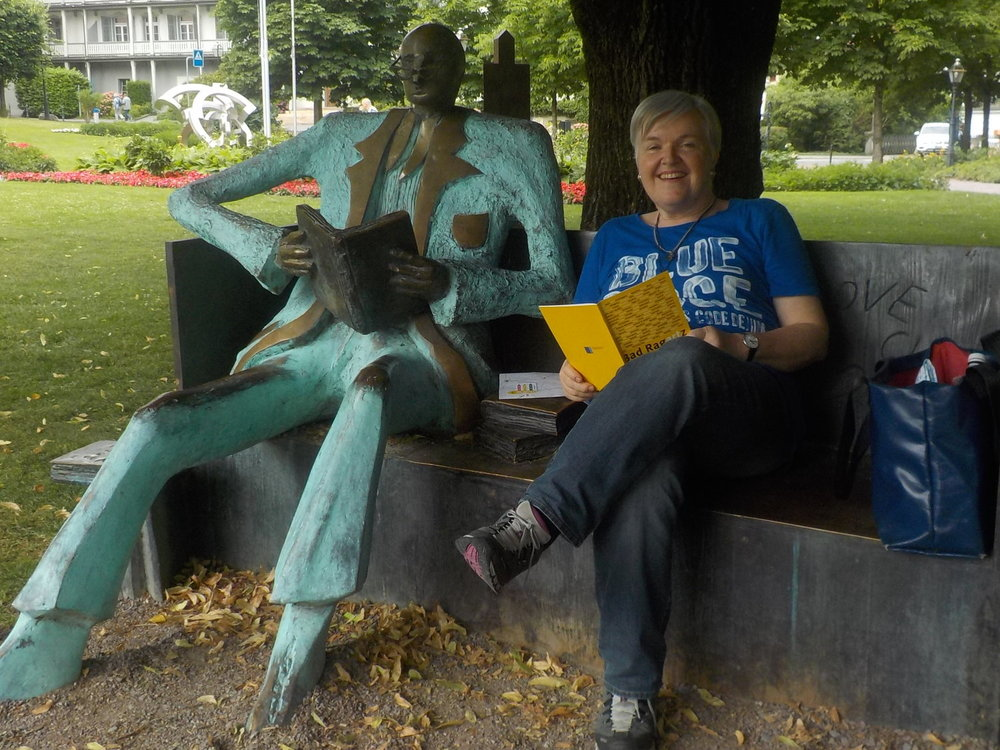 Autorin Claudia Kümin im Sommer 2018 an der BadragARTz (Foto: zvg.)