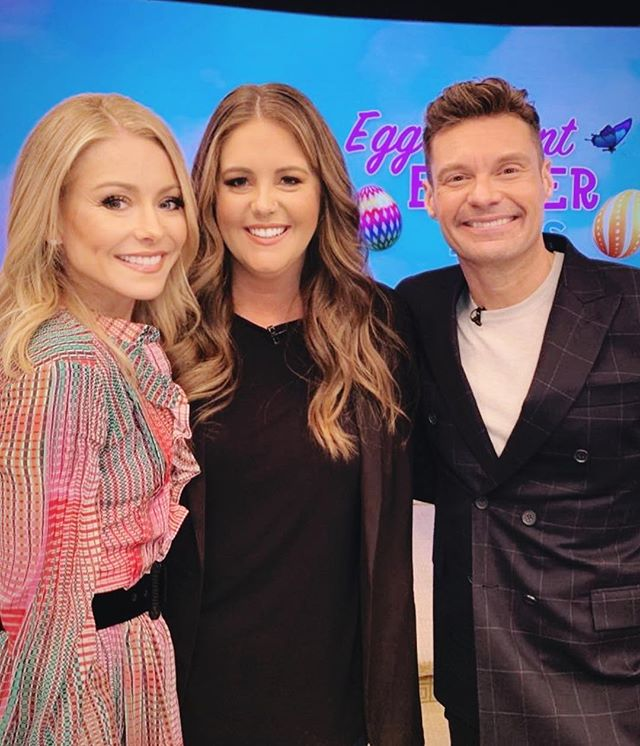 Last week was crazy- so crazy that I forgot to share this pic from hanging out with @kellyripa and @ryanseacrest on @livekellyandryan with some EGGcellent Easter 🥚 ideas. . . A few highlights...I tried baking my Easter eggs instead of boiling and I'm 💯 sold. Not one crack. Ryan threw some of my raw eggs on the ground 😬and there was egg everywhere! He thought I'd bake all my props (clearly he doesn't know me very well 🤷‍♀️😂). My new favorite dye method is homemade dye all the way. 1c water 1tsp vinegar. 20 drops food color. Awesome, solid colors! . . . I'll put the link to the segment in my bio if you missed it! Happy Sunday Friends! . . #eastcoastcreative #livekellyandryan #easteregg #eastereggs #eggdecorating #eastereggdecorating #eggdye #onairpersonality #diy #diyexpert #ec2productions #kellyripa #ryanseacrest
