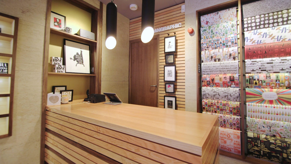 card_shop_interior_design_3.jpg