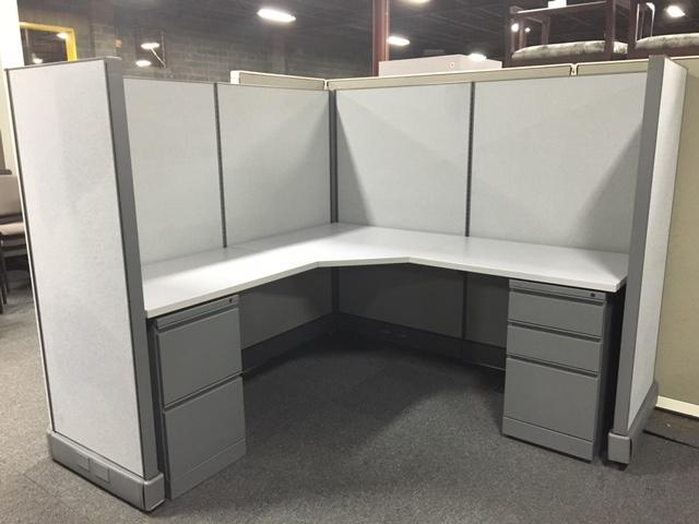 """HM 62"""" AO2 Workstations"""