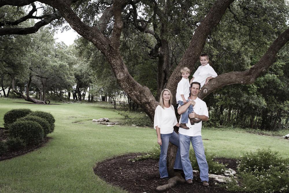 Kuchar-family croppable.jpg