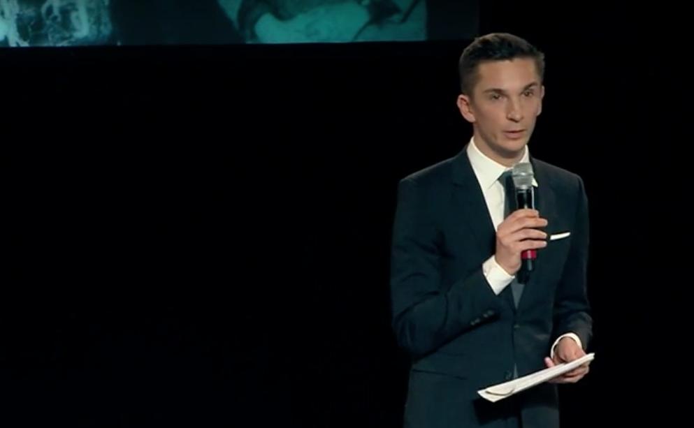 denkmal berliner abgeordnetenhaus Eric Mayer Moderator.png