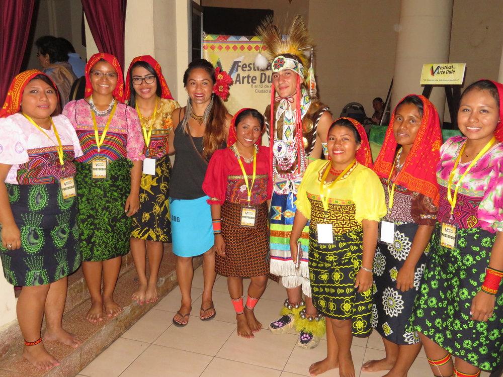 Ilima Lei-macfarlane (Hawaiian) and Hawk Jerome (kumeyaay/Chippewa at dule Festival celebrating the indigenous cultures of Guna Yala Panama. Top Page Banner Foto: Ilima Lei-Macfarlane