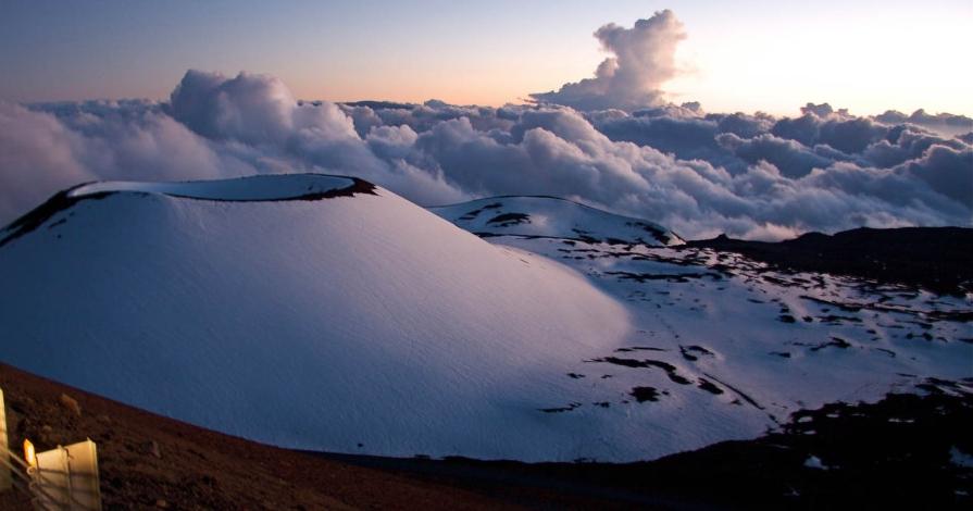 Mauna+Kea+Summit+&+Stars-1.jpg