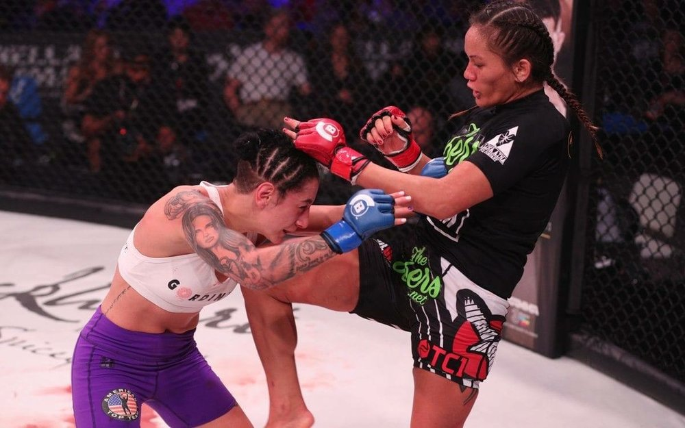 Talk to the knee. The ilimanator in her championship fight dominated her opponent and it felt like all of Hawaii and the Native AMerican World was behind her.