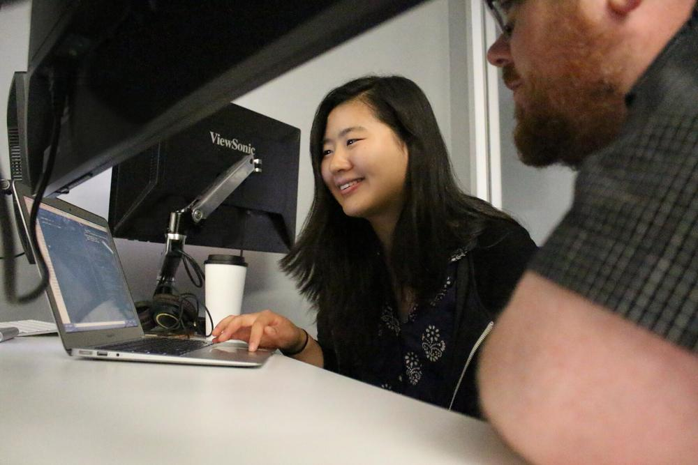 Kyle Simpson  working with student   Suzanne Wang