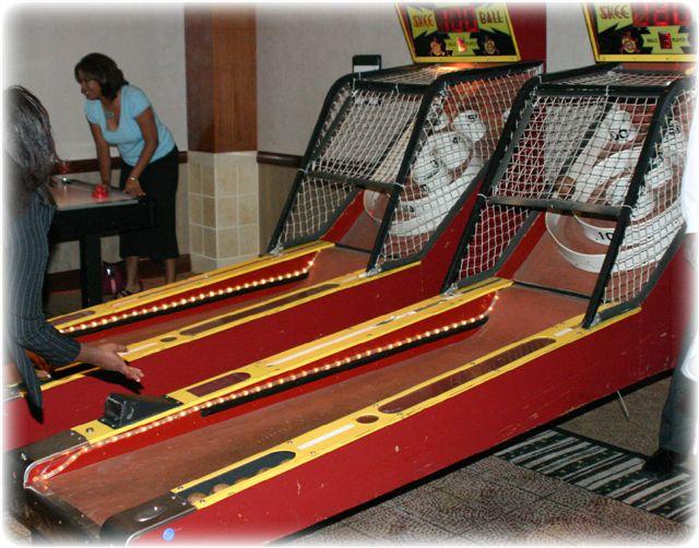 SHI_-_Boardwalk___Casino_Games_-_8-23-05_-_Hyatt_NB_00013.jpg