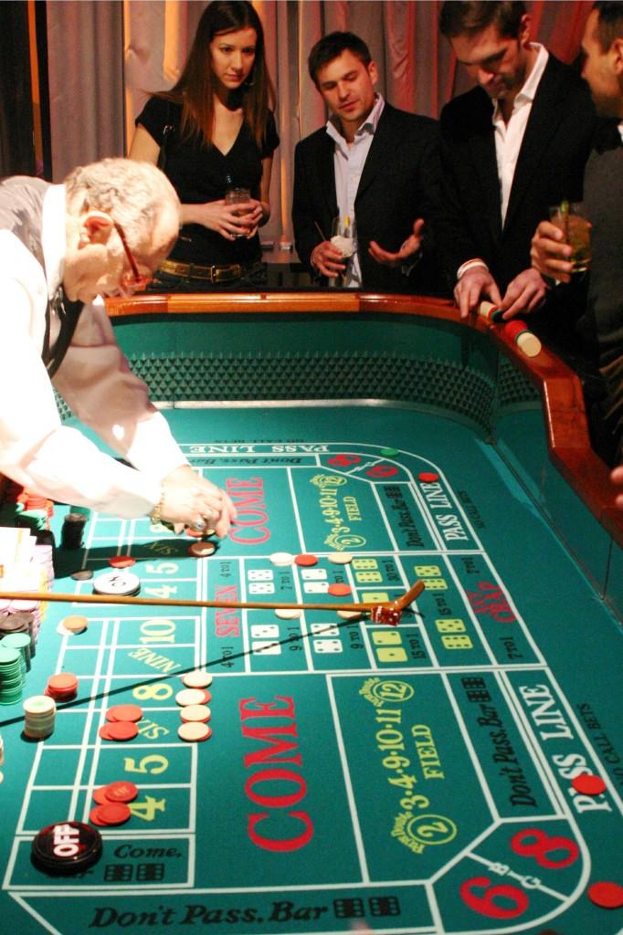 Casino_NEW_011-682x1024.jpg