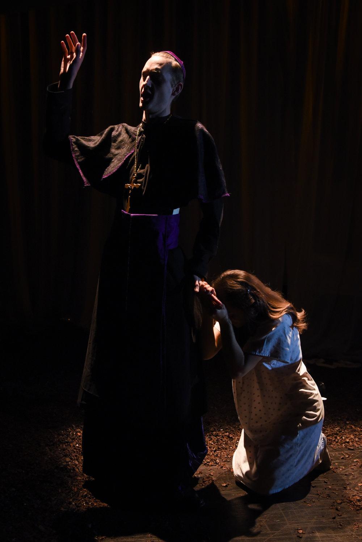 Act 2, Sc 1: Raimondo advises Lucia to renounce Edgardo