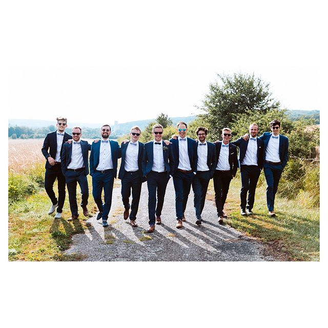 :). #groominspiration #groompictures #chill #marriage #champagne #rennepont #manchetknopen #weddinginfrance #destinationwedding #destinationweddingphotographer #destinationweddingphotography #wijgaantrouwen #sunsetlovers #trouweninhetbuitenland #weddingphotography #weddingphotographer #theknot #mywed #instawedding #huwelijksfotograaf #huwelijksfotografie #wedaward #thedailywedding #realweddings #imgettingmarried #fearlessphotographers #isaidyes