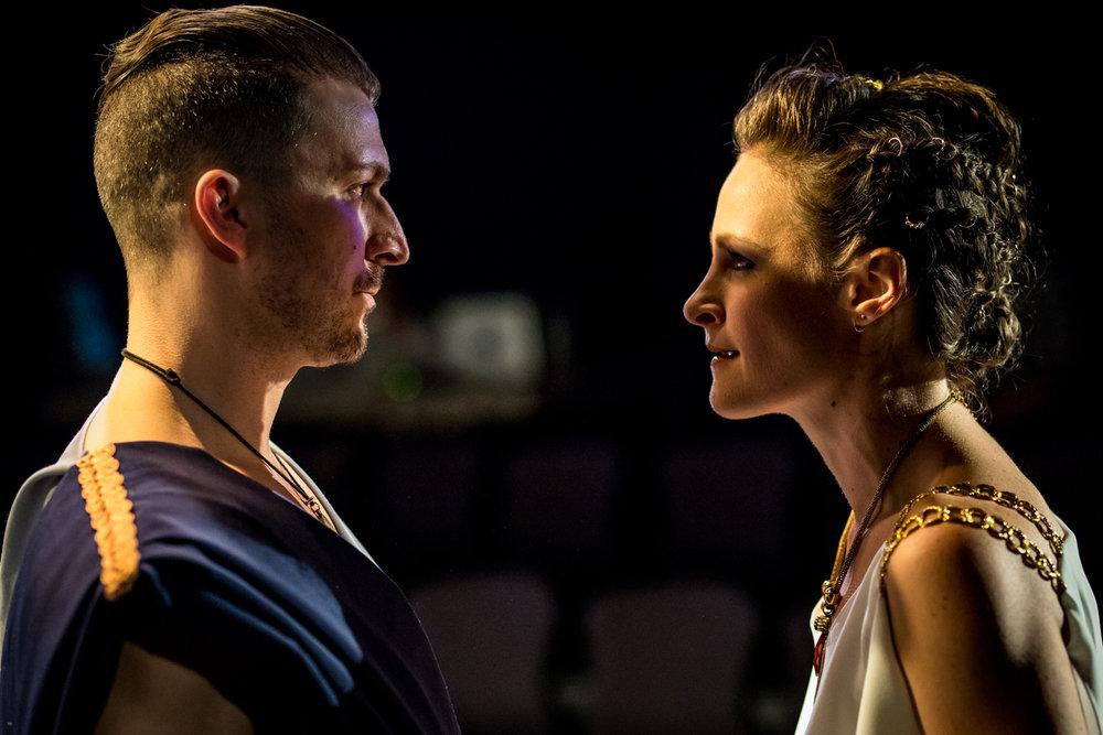 Tristan Colton (Jason), Leah Gabriel (Medea).