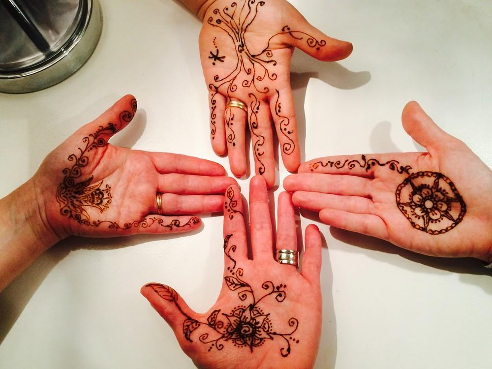 Tulsa-Family-Doulas-Henna-Art.jpg