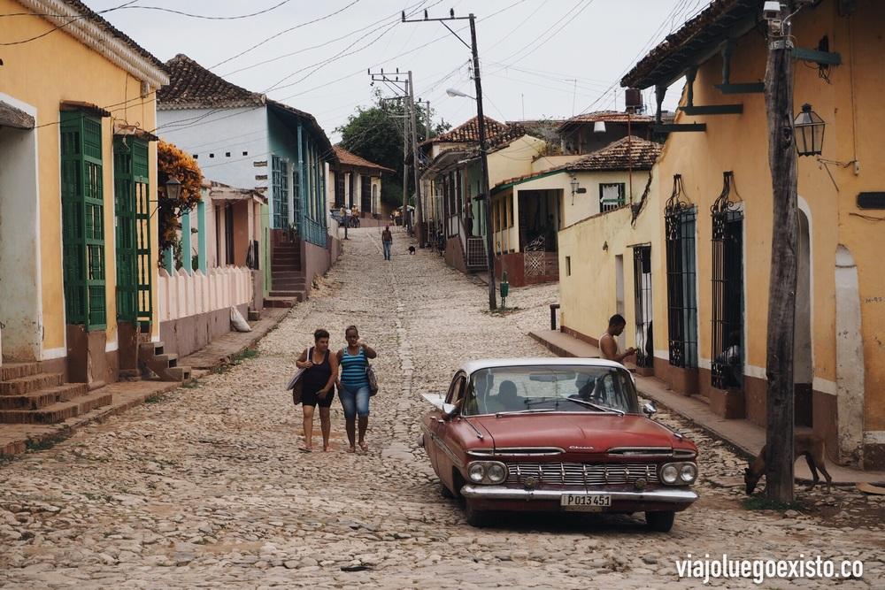 Cómo no, los típicos coches antiguos de Cuba también se ven en Trinidad.