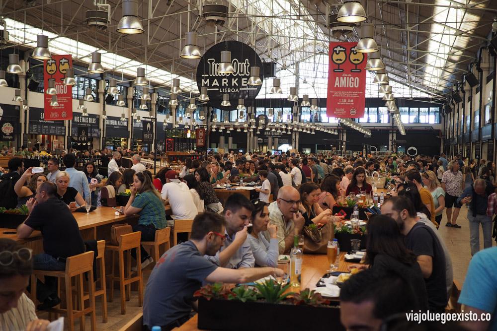 Mercado da Ribeira, sitio imprescindible para comer bien y barato.