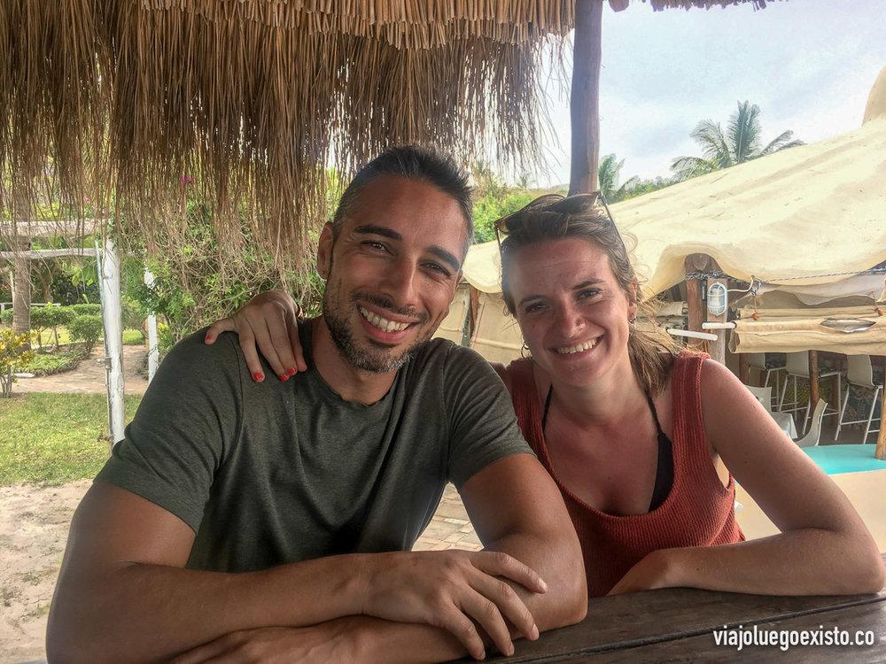 Laura y yo después de la excelente comida en el Casbah
